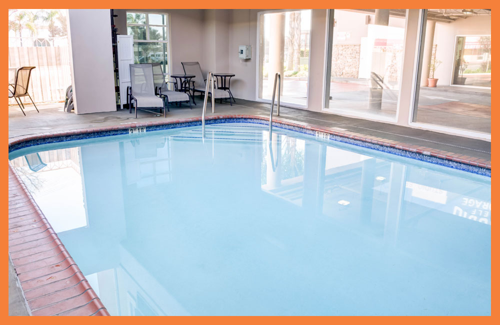Hotel Swimming Pool in North Hollywood